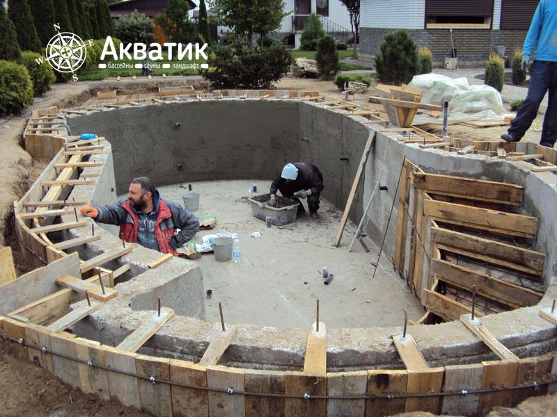 Наши работы: Бассейн из бетонна