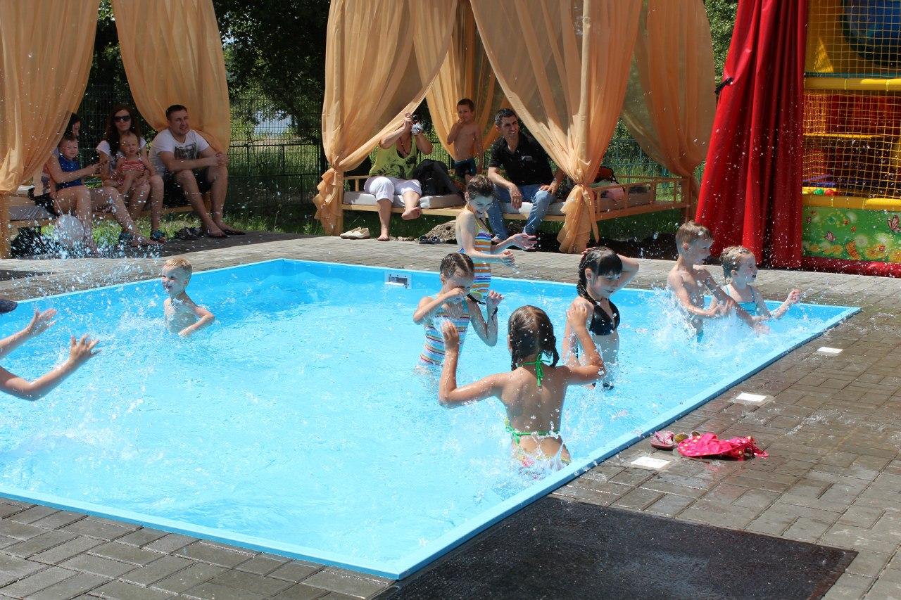 Советы безопасности в бассейне