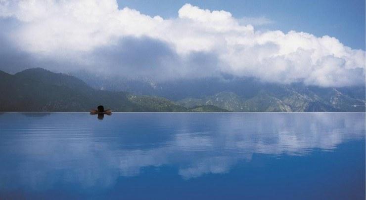 10 ТОП бассейнов мира